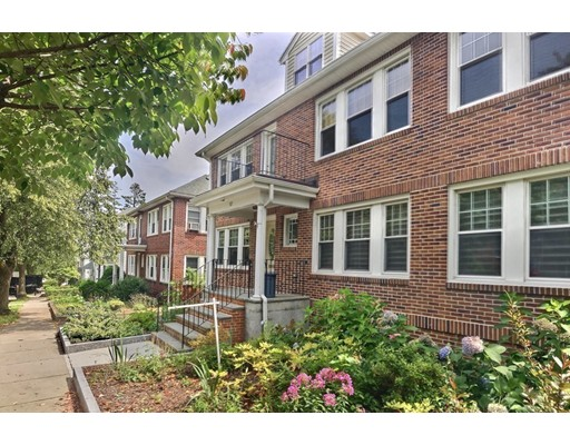 57 Lawton St 2, Brookline, MA 02446