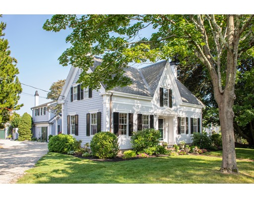 563 Washington St, Duxbury, MA 02332