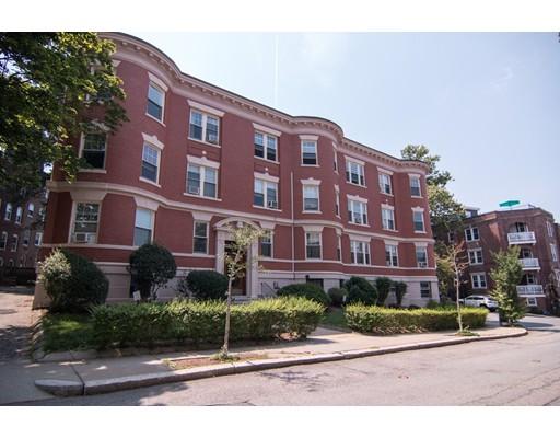 22 Garrison Rd 6, Brookline, MA 02445