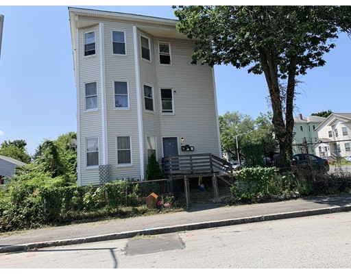 8 CHELSEA, Worcester, MA 01610