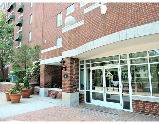 4 Canal Park 202, Cambridge, MA 02141