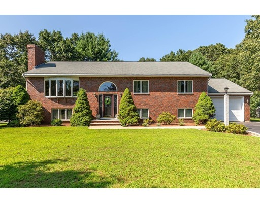 87 Bay State Rd, Reading, MA 01867