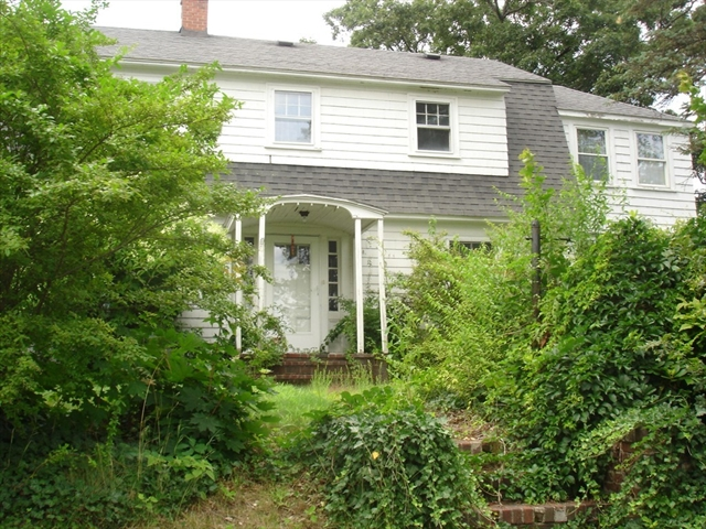 21 Coolidge Road Ayer MA 01432