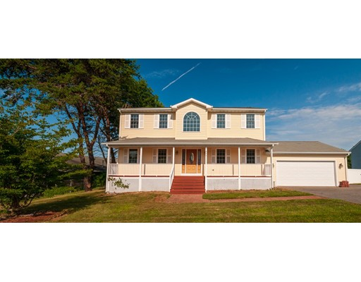 945 Lees River Ave, Somerset, MA 02726