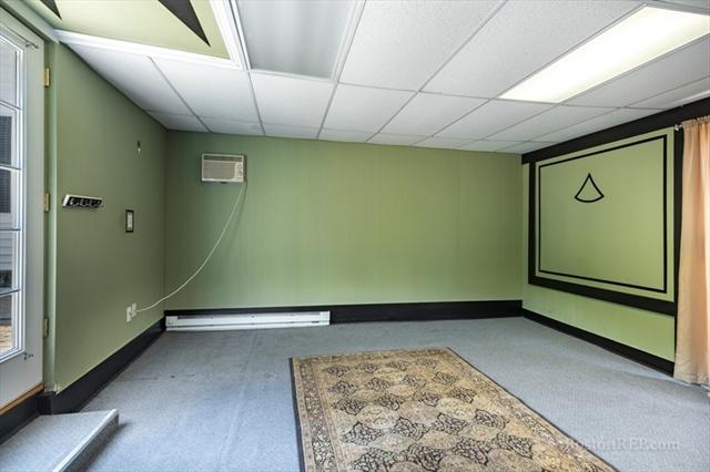 28 Springvale Avenue Lynn MA 01904