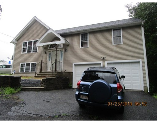 30 2Nd St, Worcester, MA 01602