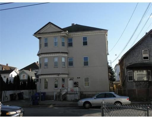 104 Tallman St, New Bedford, MA 02746