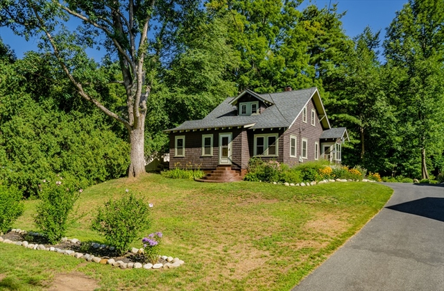 42 West Main Street Russell MA 01071