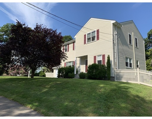 417 Old Post Rd, Walpole, MA 02081
