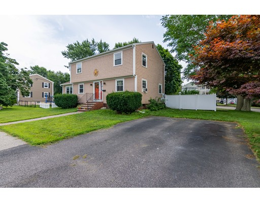 11 Copley St, Quincy, MA 02170