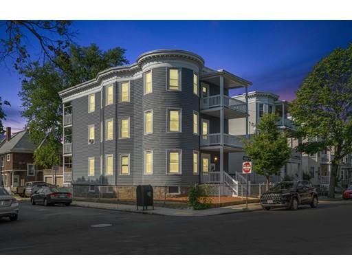 55 Easton St, Boston, MA 02134