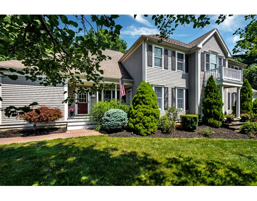 8 Lewis Rd, Easton, MA 02356