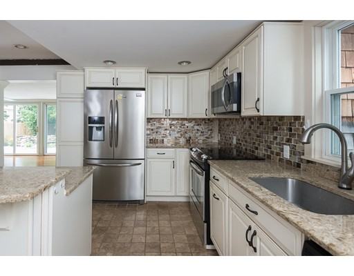 652 Commercial St, Weymouth, MA 02189