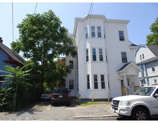 26 Kendall St, Lawrence, MA 01841
