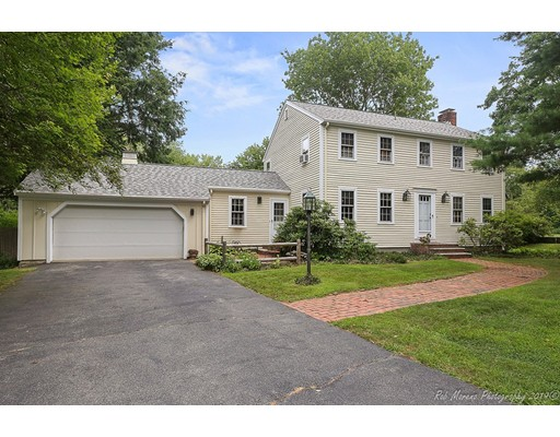 7 Normandy Row, Topsfield, MA 01983