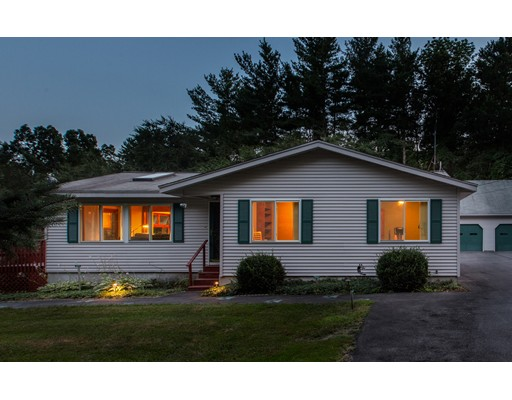1 Happy Hollow Ln, Kingston, NH 03848
