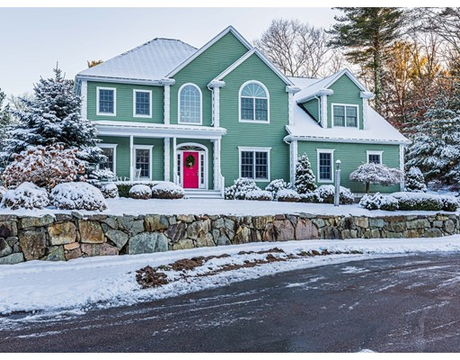 16 Oak Leaf Ln, Easton, MA 02356