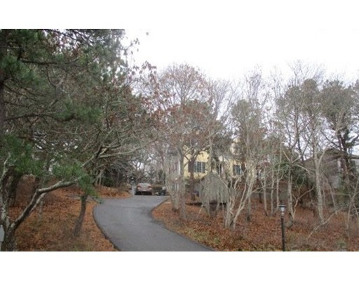 49 Bayberry Ave, Provincetown, MA 02657