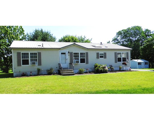 3 Easter Ln, Rochester, NH 03867