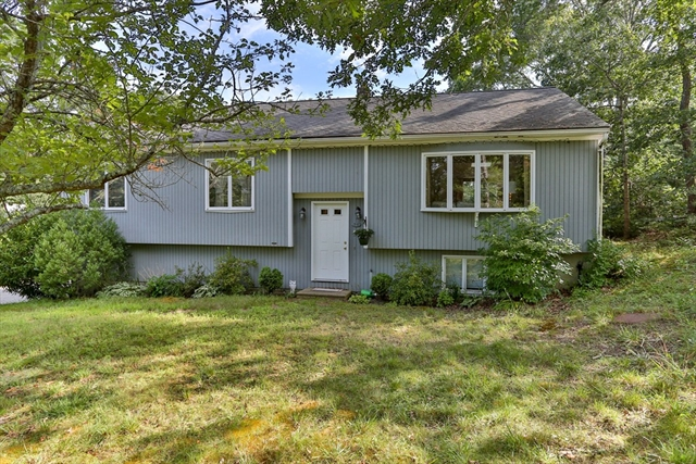 76 Spectacle Pond Drive Falmouth MA 02536