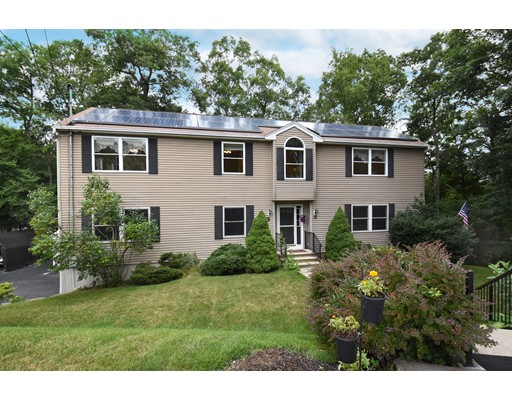 33 Keryn Ct, Northbridge, MA 01588