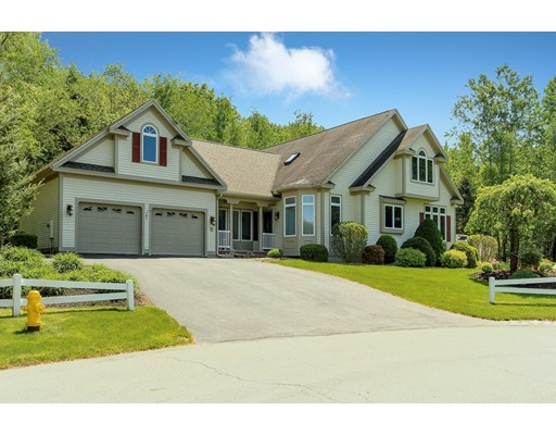 62 Hawkins Glen Drive, Salem, NH 03079