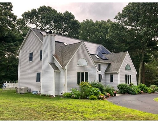 107 Heights Of Hill St, Northbridge, MA 01588