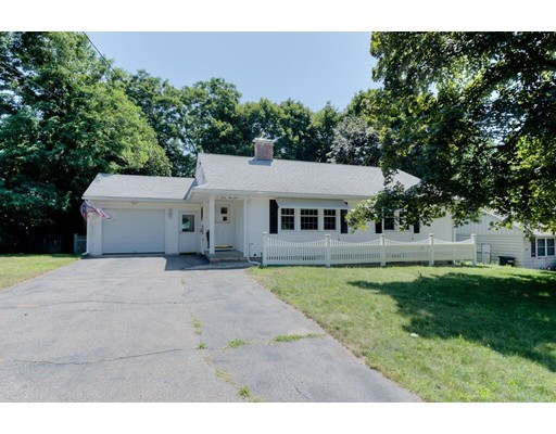 12 Chevy Chase Rd, Worcester, MA 01606