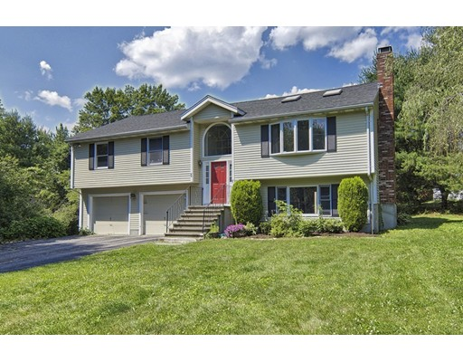 5 Autumn Dr, Bedford, MA 01730