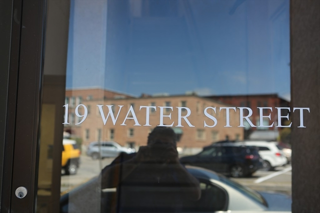 19 Water Street Leominster MA 01453