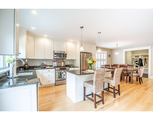 37 Ashland St B, Newburyport, MA 01950