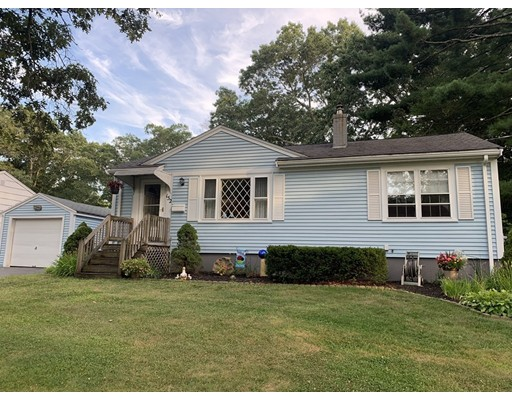 152 Rice Ave, Rockland, MA 02370