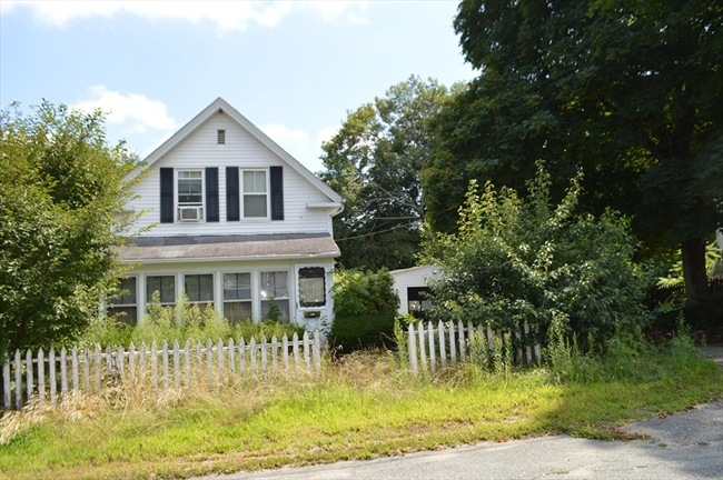 15 Lovell Street Middleboro MA 02346