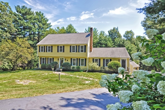108 Willow Gate Rise, Holliston MA Real Estate Listing   MLS# 72550904