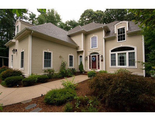 5 Tiger Lily Tr, Rehoboth, MA 02769