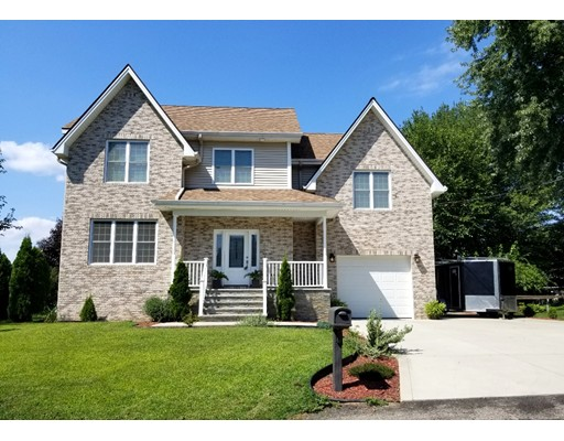 18 Whittier Place, Chicopee, MA 01013