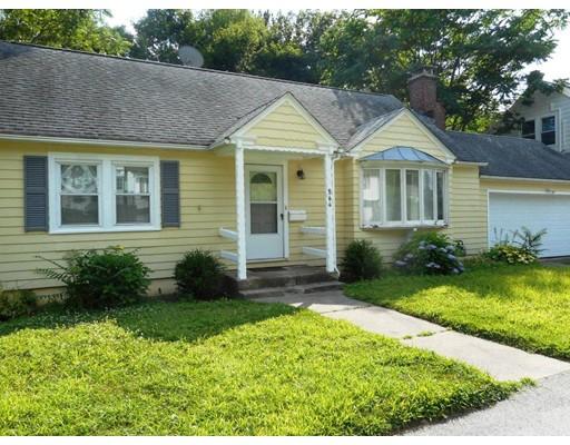 564 Chandler St, Worcester, MA 01602