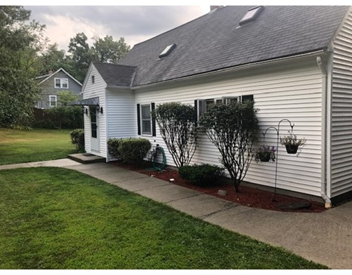 12 MARCIUS RD, Worcester, MA 01607