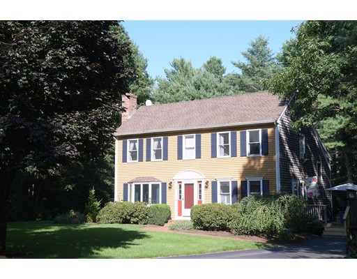 1 Harvest View Way, Carver, MA 02330