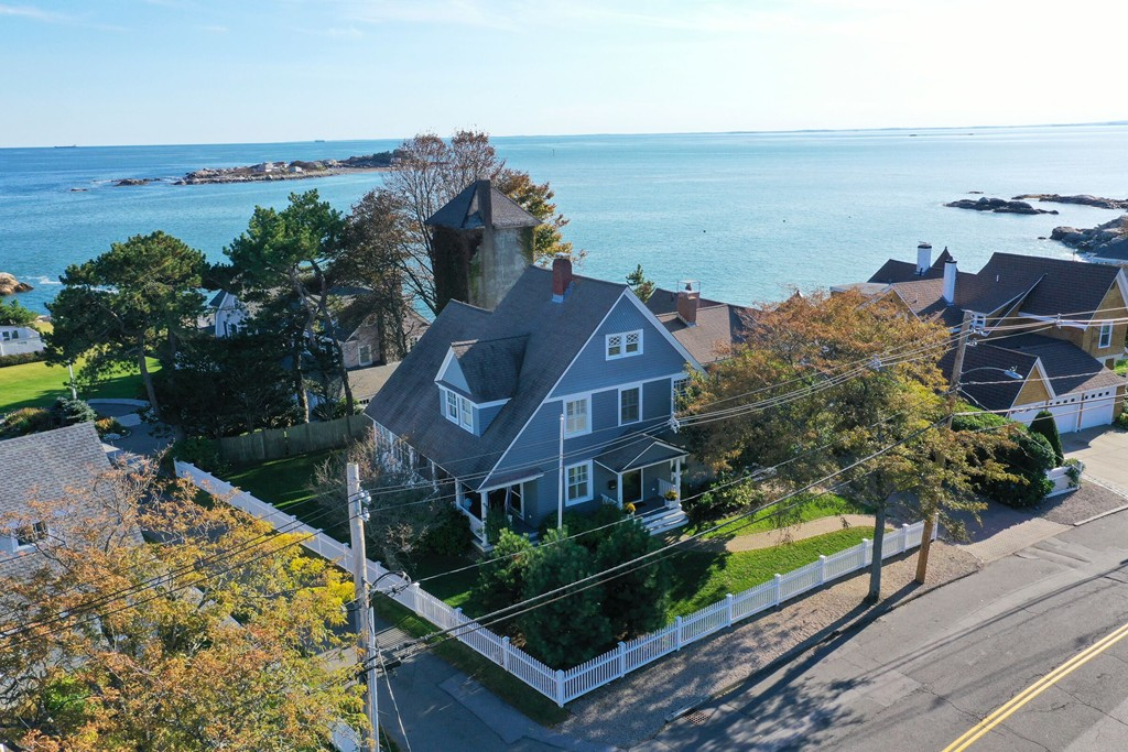 Photo of 291 Ocean Ave Marblehead MA 01945