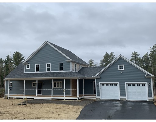 5 Pond Edge Trl, Wareham, MA 02571