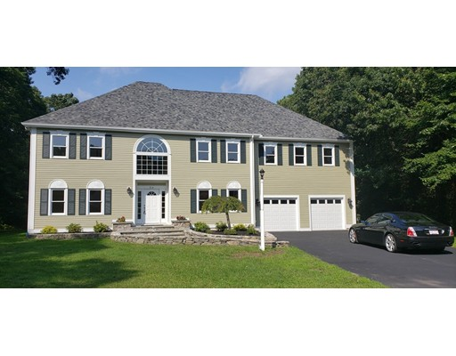 50 Boxwood Ln, Bridgewater, MA 02324