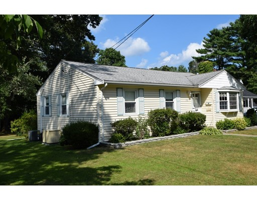 192 E High St, Avon, MA 02322