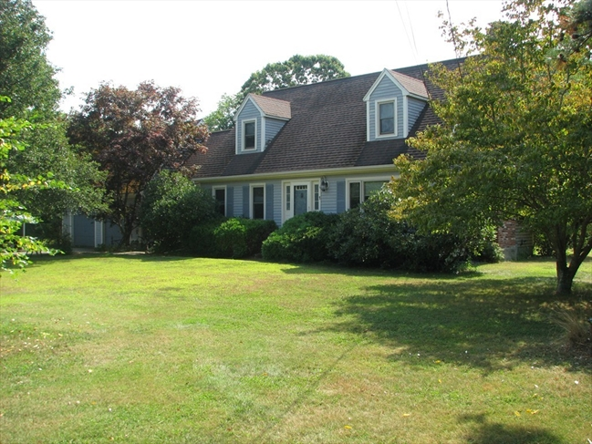 1 Colleen Drive Lakeville MA 02347
