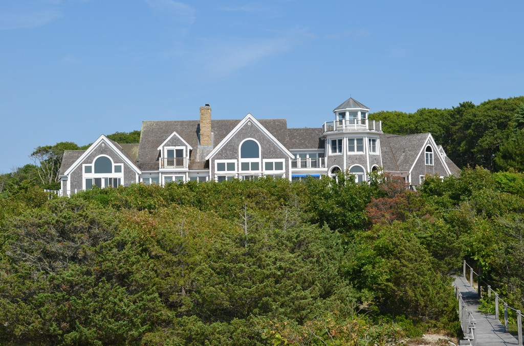 Photo of 63 Smiths Point Rd Yarmouth MA 02673
