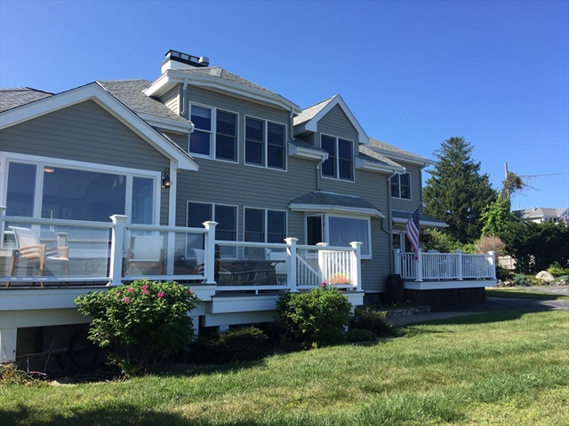 16 Capeview Road Ipswich MA 01938