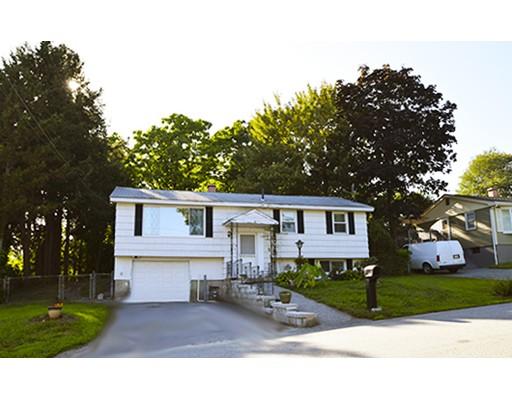 136 Totman Rd, Lowell, MA 01854
