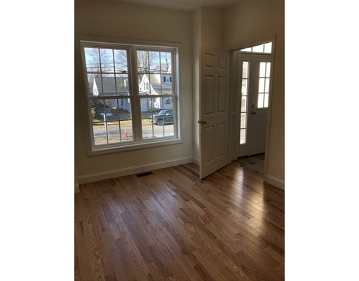 2 Manchester Place #2, Natick, MA 01760