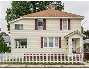 14 Mansfield St, Springfield, MA 01108