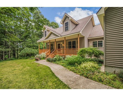 328 Henshaw St, Leicester, MA 01524